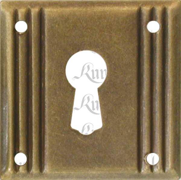Schlüsselschild, Messing patiniert, beliebter 3-Rillen Beschlag, klein antik