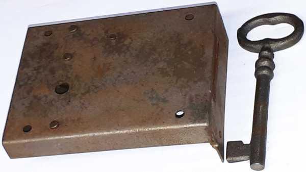 Kastenschloss, Eisen alt, mit Schlüssel, Dorn 55mm rechts, sehr beliebt Bild 2