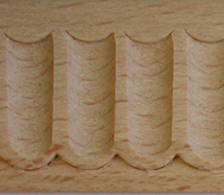 Holz-Schnitzleiste alt, Holzleiste antik, 2 Meter, Holzzierteil antik Buche