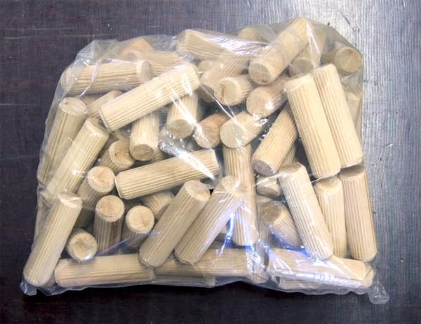 Riffeldübelpackung 100Stück Ø 10mm, Holz Dübel mit Riffelung zum Verbinden zweier Hölzer