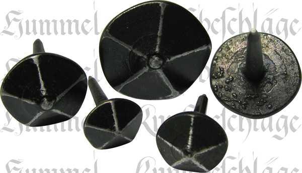 Ziernagel 13mm Eisen gehämmert, schwarz, antik, alt, geschmiedet, Zierbeschläge antik für Möbel
