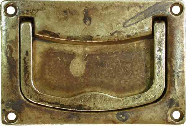 Klappgriff alt messing patiniert antik gegossen zum for Schubladengriffe metall