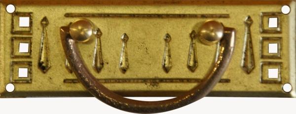 Griffbeschlag, Originalbeschlag, Messing roh, aus Blech gestanzt und geprägt. Einzelstück, nur 1 Stück verfügbar