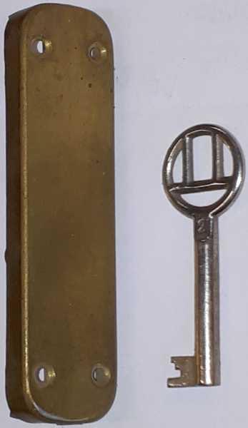 Hakenschloss Eisen angerostet, mit Schlüssel, original altes Schloß