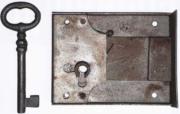 Kastenschloss, Eisen, mit Schlüssel, Dorn 55mm links, schönes Schrankschloss
